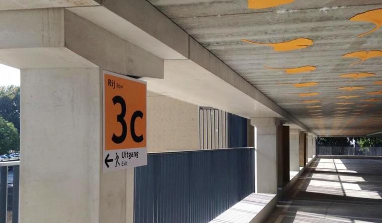 Wayfinding & Signage - PR de Uithof
